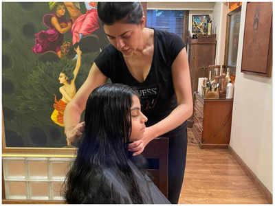 Movies Blog: Sushmita turns hairstylist for her daughter
