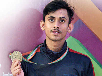 Gold-medallist falls into open drain at Balewadi stadium