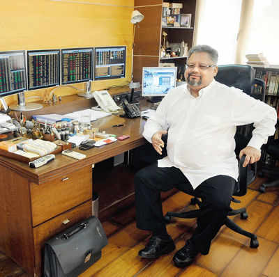Rakesh Jhunjhunwala: 'I give tips but you can't profit from borrowed knowledge'