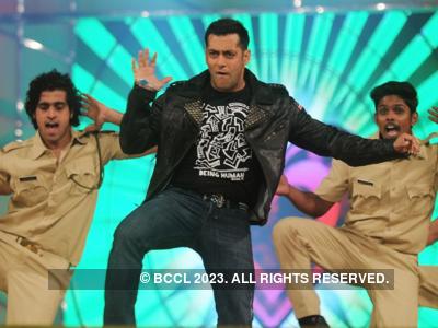 Dabangg 3: Prabhudheva to shake a leg with Salman Khan and Warina Hussain in Munna Badnaam Hua