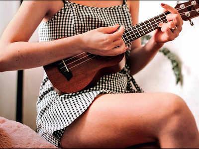 PLAN AHEAD : Play the ukulele