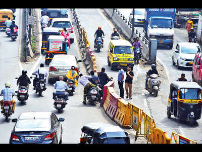 Now, cops use mind games to improve city's traffic chaos