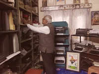 Watch: 71-year-old gets into Limca book of records for owning highest number of typewriters