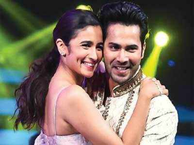 Alia Bhatt proves that she is smarter than Varun Dhawan in a game show