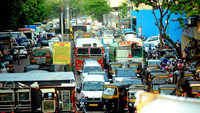 Mumbai: Commuters face heavy traffic snarls as BMC closed Oshiwara-Goregaon bridge