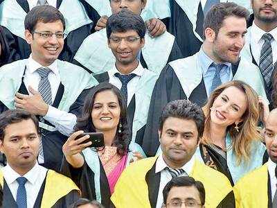 IIMA calls 1,220 for test, interview