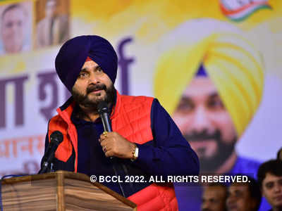 Amid farmer protest, Navjot Singh Sidhu claims country on path to extreme hunger, famine