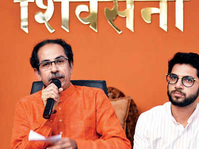 Shiv Sena MLAs ask Uddhav Thackeray to take up chief ministership to counter BJP googly of not forming government
