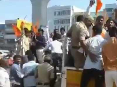 Bajrang Dal activists perform wedding of young lovers in Hyderabad