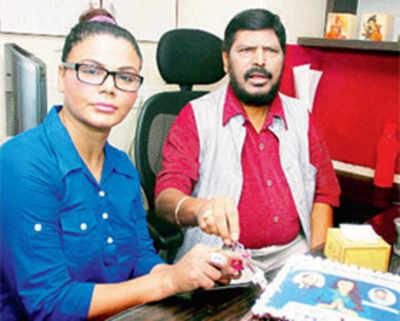 Non-Dalits flock to RPI