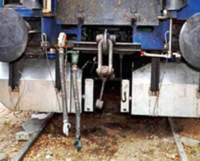 Rly maintenance staff raise stink over bio-toilets