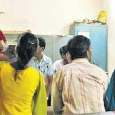 Thane cops crack down on couples