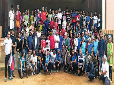 Bengalureans open their hearts & homes