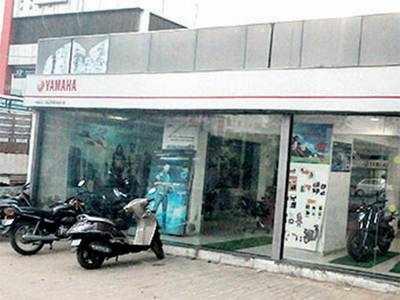 Man poses as buyer, flees with trial bike