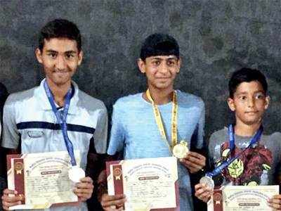 Gandhinagar boys shine at KV meet