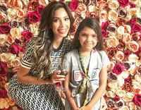 Fans criticize Farrah Abraham for allowing daughter to be in beauty pageants