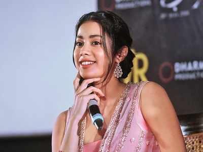 Rumi Jaffery praises Janhvi Kapoor, says she has good knowledge of cinema