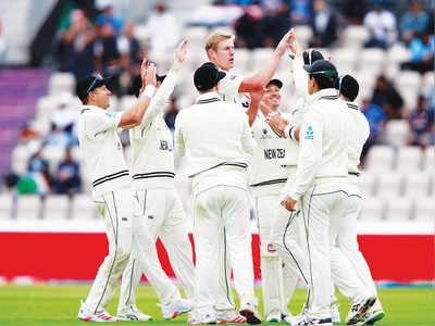 Jamieson fifer pegs back resolute India