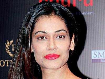 Model Payal Rohatgi detained for comment on Jawaharlal Nehru