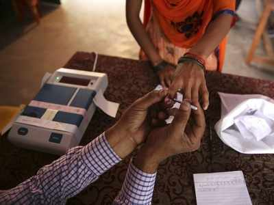 57.2 per cent voting recorded till 5 pm in Maharashtra's 10 seats