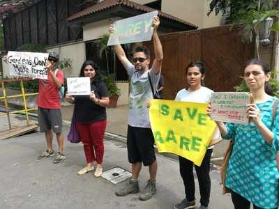 Save Aarey: Protest outside Amitabh Bachchan's home after his remarks on Mumbai Metro