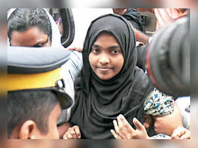 Hadiya pleads for freedom, SC sends her back to study in TN