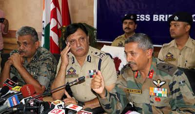 Kashmir: Two terrorists killed, one surrenders in Kulgam encounter