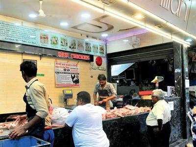 Shivaji Market chicken vendors cry foul as PCB orders 2-day shutdown
