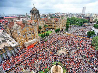 Maratha Kranti Morcha: CM Devendra Fadnavis announces education sops, silent protest expected to be the last