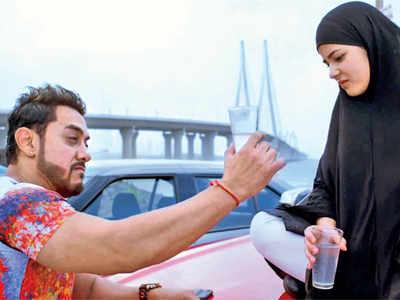 Secret Superstar movie review: Zaira Wasim retains distinct vulnerability, Aamir Khan's caricature of self-indulgent popstar adds comic element to the Advait Chandan directorial