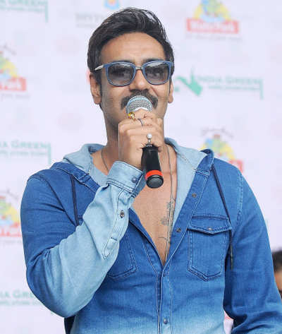 Won't work with Pak artistes right now: Ajay Devgn