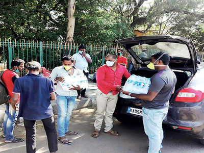 Three friends get on the road to help the thirsty in Bengaluru