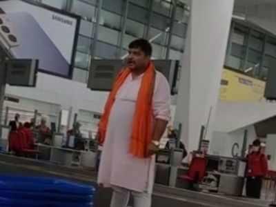 Man travelling to Mumbai creates ruckus at Delhi Airport