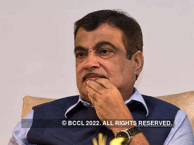 No one can look at India with crooked eye: Nitin Gadkari