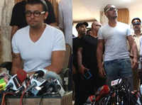 Sonu Nigam hits out at fanatics, shaves his head in protest