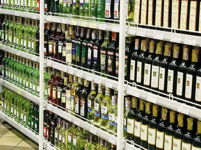 Booze worth Rs 4.18 lakh stolen from store