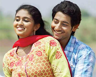 Sairat's star couple bags Rs 5-cr bonus