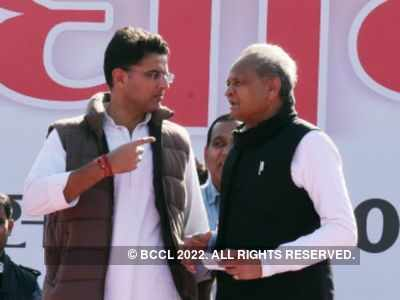 Sachin Pilot-Ashok Gehlot feud reaches breaking point; latter calls MLAs on Monday for head count