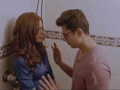 Ribbon movie review: Kalki Koechlin and Sumeet Vyas' film presents a reality very close to home