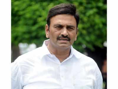 PM's warm pat leaves YSR Congress MP Kanumuru Raghuram in trance, creates ripple in Andhra politics