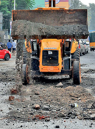 Pothole death on Mysore Road: It was Metro's fault, says BBMP