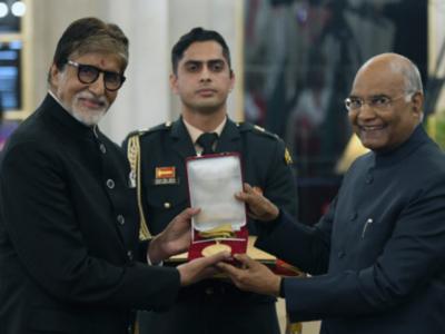 Amitabh Bachchan receives prestigious Dadasaheb Phalke Award