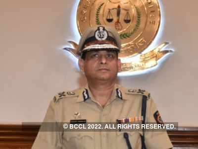 Mumbai CP Hemant Nagrale announces three categories of stickers for vehicles