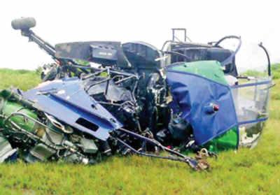 Navy chopper crashes in Uran