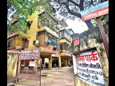 Man throws acid on real estate partner over pending dues