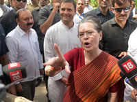 Don't forget 2004: Sonia Gandhi sends message to BJP