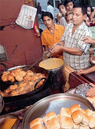 Vada pav oil's put on the boil to create biodiesel