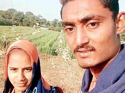 Not allowed to marry, couple jumps into canal