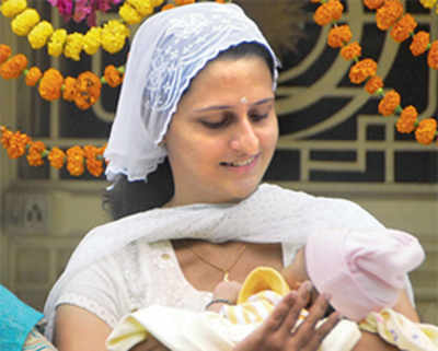 Parsis consider surrogacy to boost population