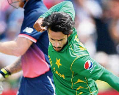 Champions Trophy 2017: Pakistan punish errant England to enter maiden CT final